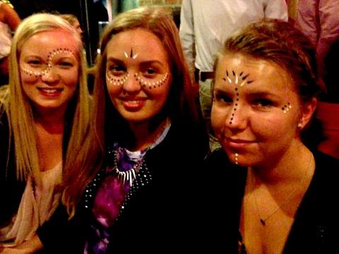 Marta, Kathrine og Anne i Afrikansk ansiktsmaling!